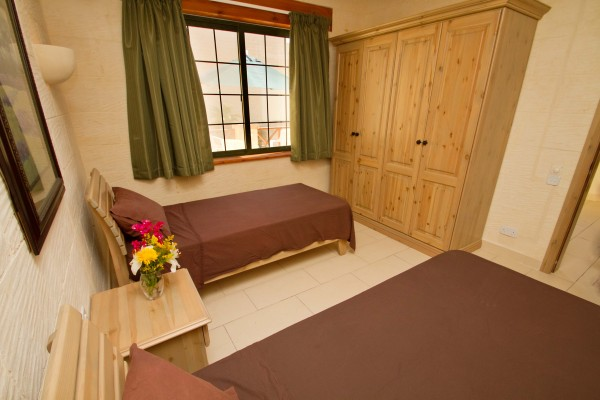 Casa Sammy Farmhouse Gozo twin bedded room