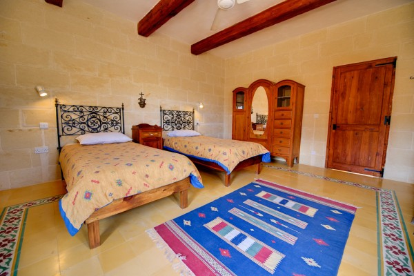 Gozo farmhouse Ta' Tonina - twin room