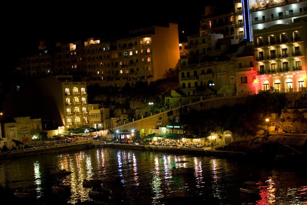 gozo night clubs