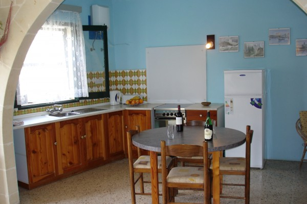 Apartments Xlendi Heights Gozo Kitchen