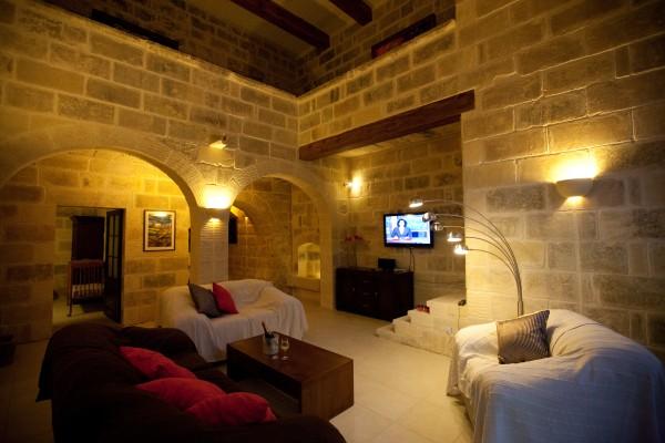Tilmun Farmhouse living area Gozo